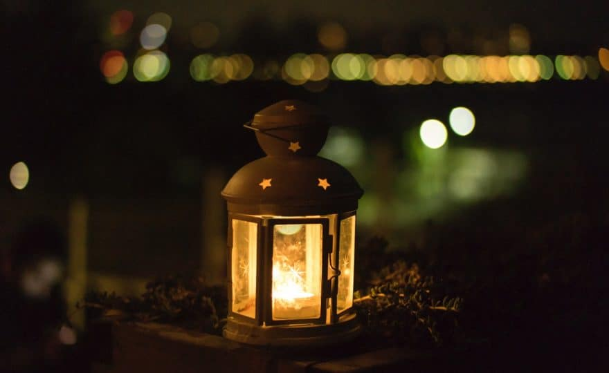 Top 5 Best Candle Warmers (2020 Reviews) – Buyer's Guide