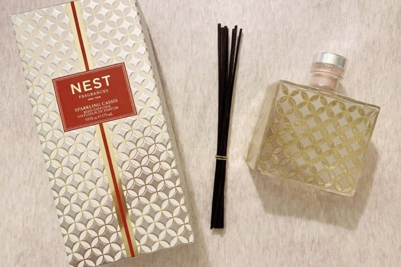 How to Open a Reed Diffuser Bottle