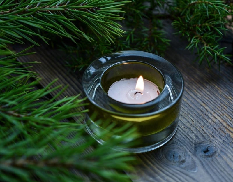 Best Pine Scented Candles