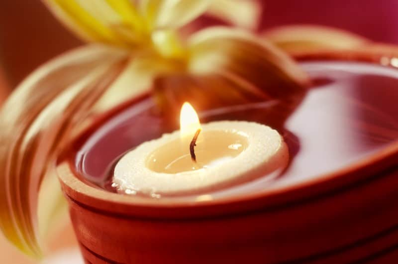 Can Tea Light Candles Float in Water